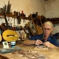 mervyn davis guitars-workshop photo 1.jpg