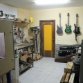 o3 guitar & bass-workshop photo 2.jpg