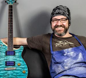 Quenzel Custom Guitars