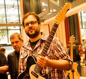 schwarz custom guitars-portrait photo